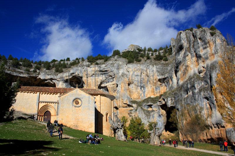 Ermita de San Bartolome en Rio Lobos, Soria
